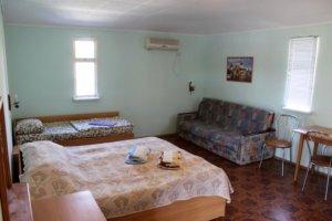 Четырех комнатный коттедж стандарт в Коктебеле